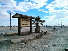 "Photo Essay after ""Bombay Beach Christmas"" photo"
