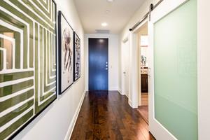 Austin downtown 1305 11 hallway
