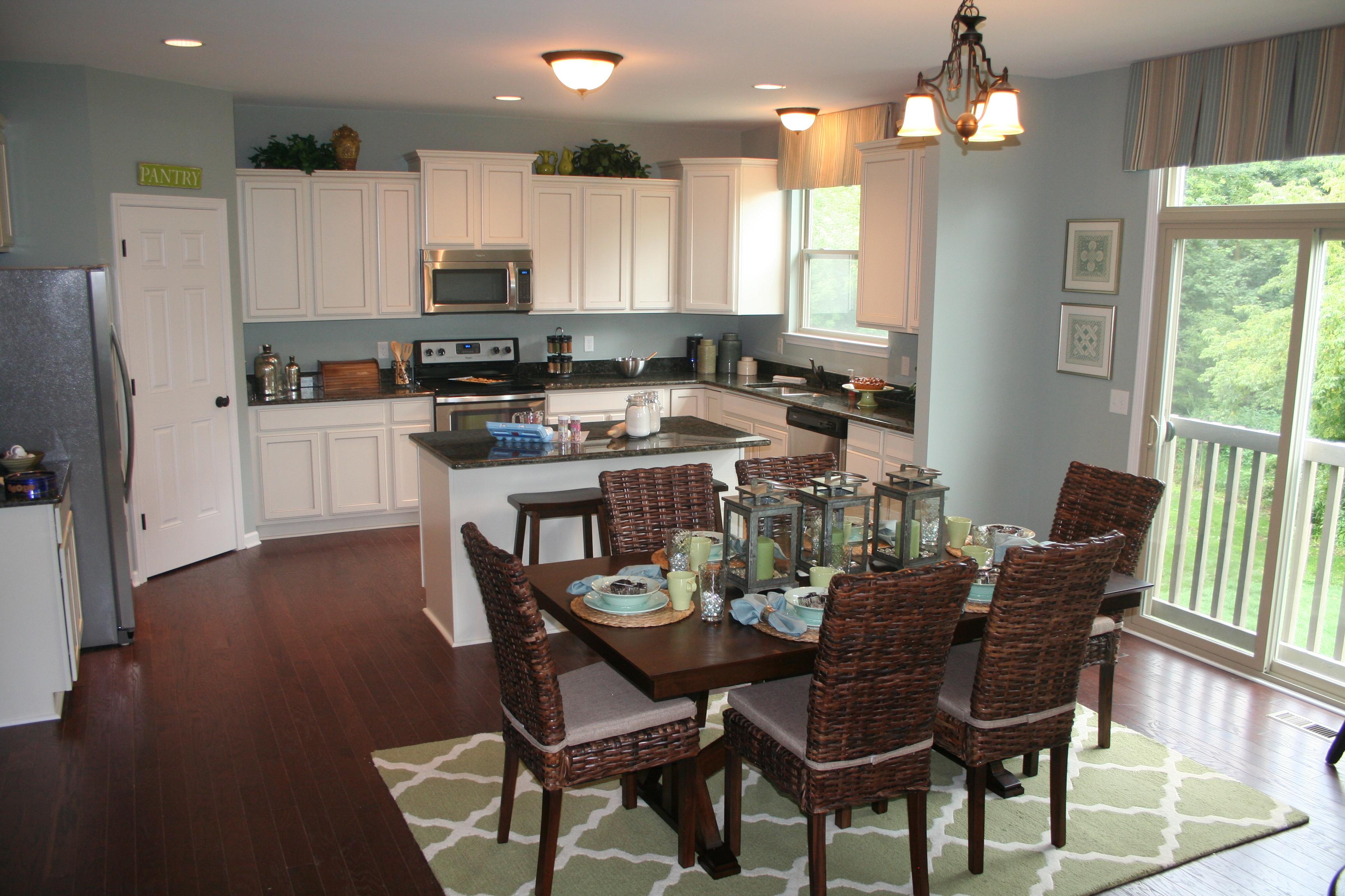 MI-lakeland-kitchen - Lombardo Homes