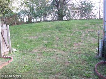 5292 Mulberry Court Photo #8