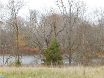 1075 Duck Creek Parkway Photo #1