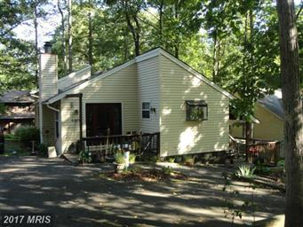 4221 Lakeview Parkway Photo #1