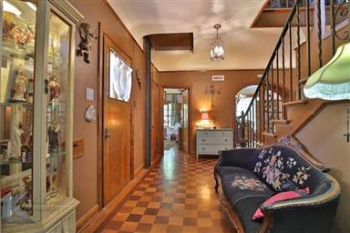 2142 Idlewild Street Photo #16