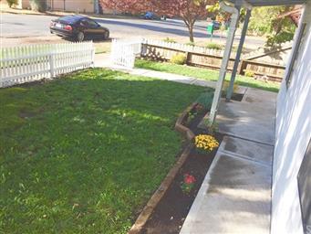 582 E 12th Street Photo #2