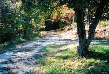 2414 Indian Creek Road Photo #9