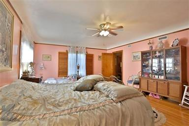 2142 Idlewild Street Photo #26
