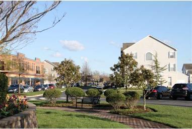 17400 North Village Main Boulevard Photo #15