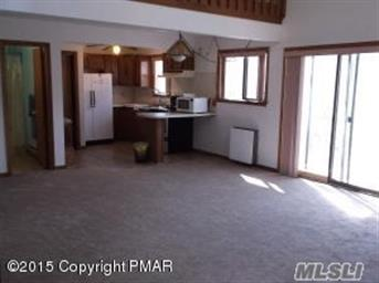 7484 Cottage Ln Photo #11