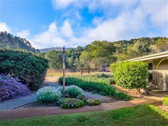 62 Hacienda Carmel #62 Photo #16
