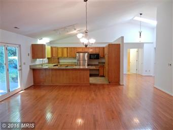 3802 Lakeview Parkway Photo #10