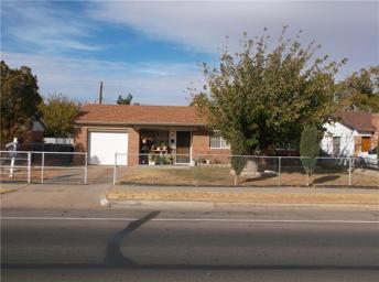 5541 Prince Edward Avenue Photo #1