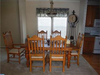 54 BUTTERCUP CT Photo #8
