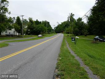 402 Round Hill Road Photo #9