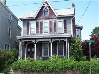 323 E Mifflin Street Photo #1