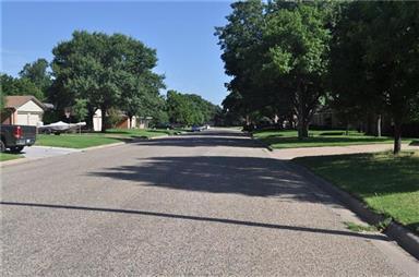 2917 Ivanhoe Lane Photo #18
