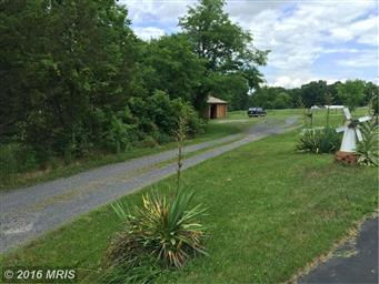 401 Reliance Lane Photo #2