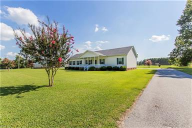 21380 Dixie Farm Road Photo #1