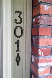301 W Sabine Avenue Photo #20