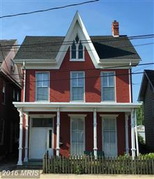 458 E Queen Street Photo #1