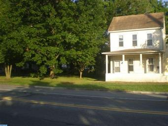 714 E Division Street Photo #3