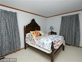 1008 River Point Road Photo #15