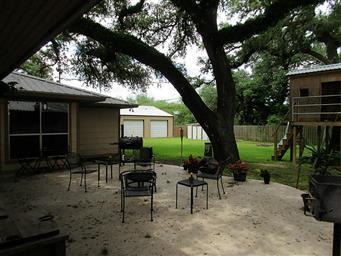211 Oak Cluster Drive Photo #4