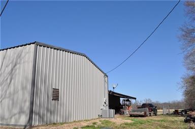 676 Farm Road 2653 N Photo #11
