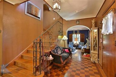 2142 Idlewild Street Photo #17