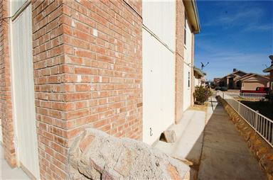 11209 Whitey Ford Street Photo #34