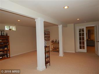 1520 Lakeview Parkway Photo #17