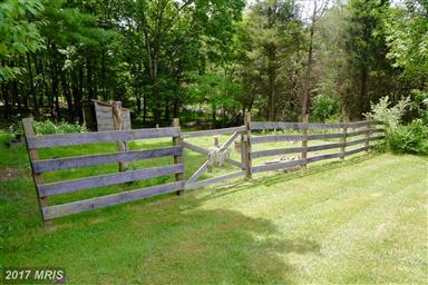 453 Meadow Lane Photo #26