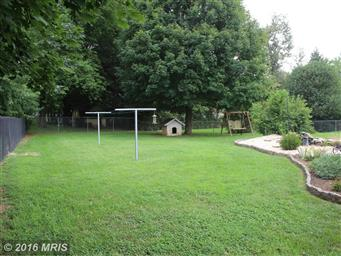 111 Meadowbrook Drive Photo #24