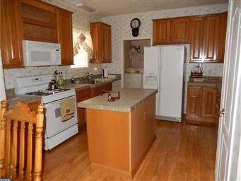 54 BUTTERCUP CT Photo #9