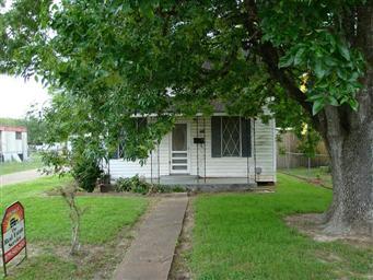 703 Palacios Street Photo #2
