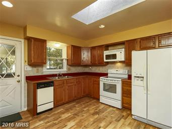 3610 Lakeview Parkway Photo #11
