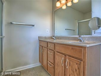 153 W IMPERIAL DR Photo #17