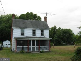 5836 Hudson Wharf Road Photo #1