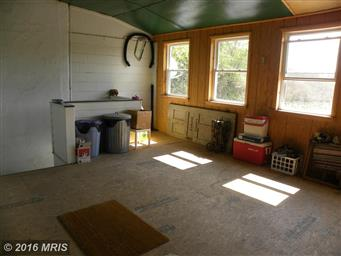 6633 LINCOLN HWY Photo #11