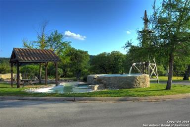 546 Cypress Estates Parkway Photo #22