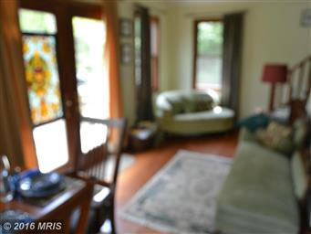 173 Pleasant Valley Dr Photo #4