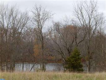 1075 Duck Creek Parkway Photo #7