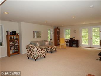 1520 Lakeview Parkway Photo #18
