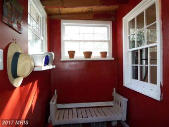 6485 Cacapon Road Photo #29