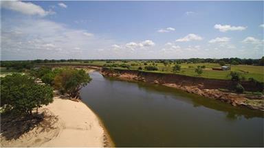 1000 River Trace Drive Photo #4