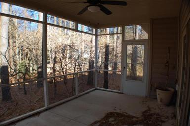 114 Holly Hill Court Photo #18