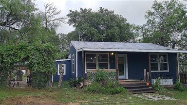 833 Driftwood Lane Photo #1