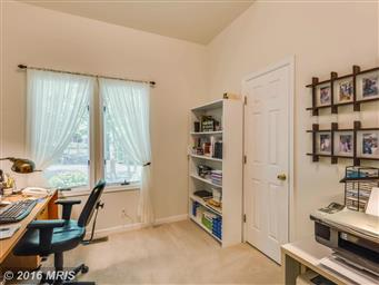 1104 Eastover Parkway Photo #12