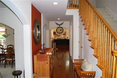 8734 Woodland Heights Lane Photo #3