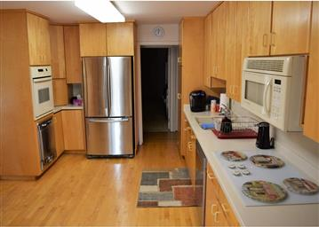135 Lakeview Avenue Photo #3
