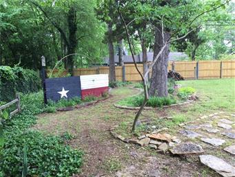 211 Texas Drive Photo #5